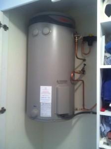 Rheem hot water install wall hung